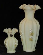Beverly Cumberledge Fenton Vases AA20-7301 Vintage - $215.95