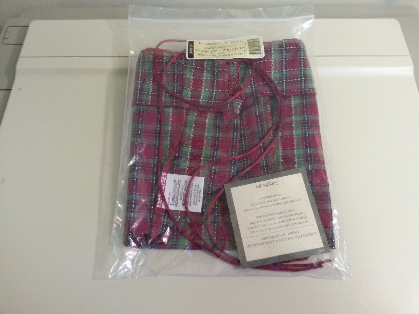 Primary image for Longaberger 2008 Christmas Wrap It Up OE Plaid Liner Only New Genuine 23633293