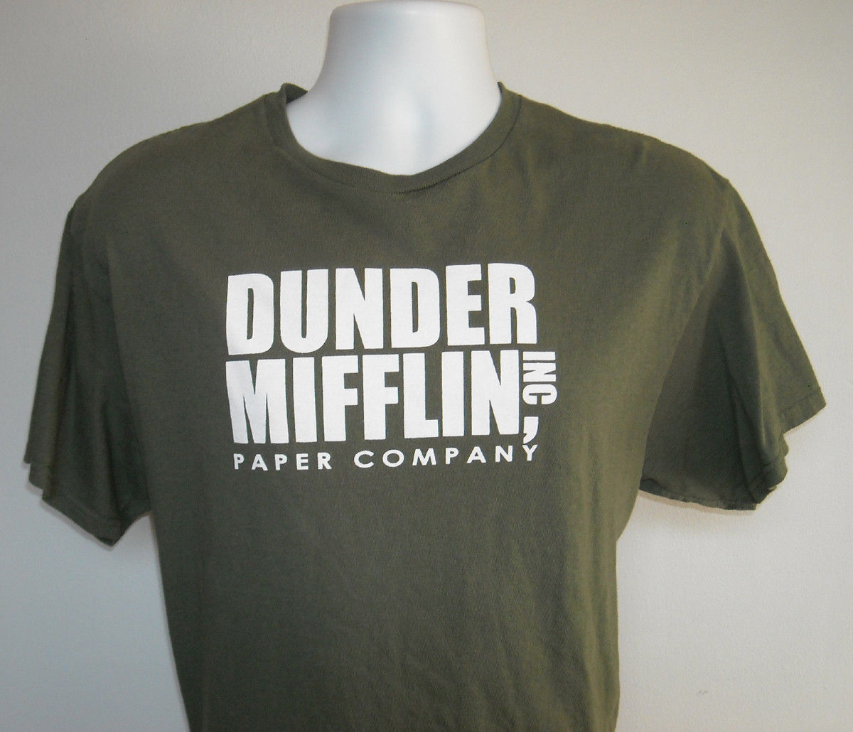 Primary image for Mens Dunder Mifflin Inc Paper Company The Office T Shirt Large green