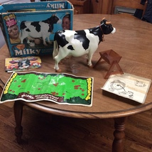 Milky The Marvelous Milking Cow (Vintage Rare Kenner 1978 Toy) Complete - $150.00