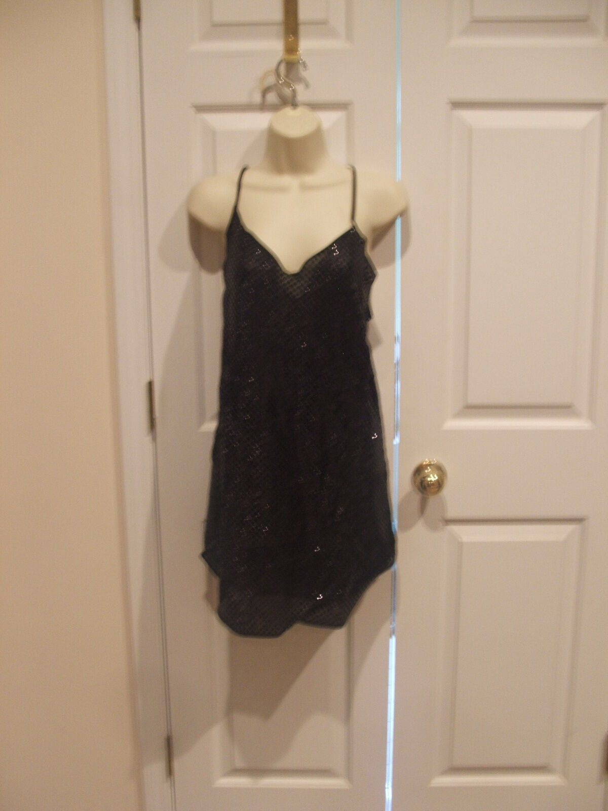 new pkg FREDERICK'S OF HOLLYWOOD  black solid  sequin cloth short gown medium - $25.98