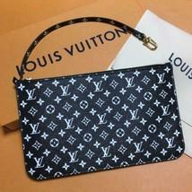 Louis Vuitton Pouch Monogram Jungle Neverfull MM Black White Bag Rare Fr... - $828.00