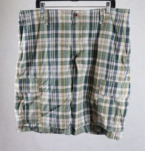Gap Mens Green Plaid Cargo Shorts Tag Size 40, Measures 40 x 11-1/2 - $15.83