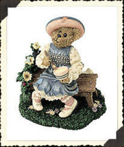 "*Boyds Bearstone* ""Lil' Miss Muffet..What's in the Bowl?"" *Retired*#2455... - $16.99"