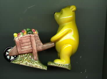 Disney Winnie The Pooh Wheel Barrel Salt & Pepper