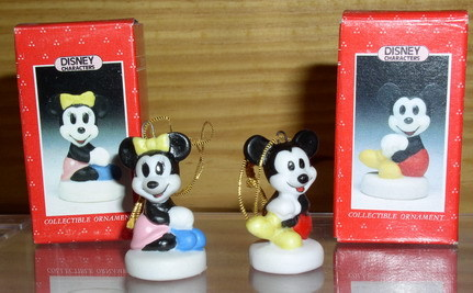 Disney Mickey & Minnie mini Schmid Porcelain 2 figures