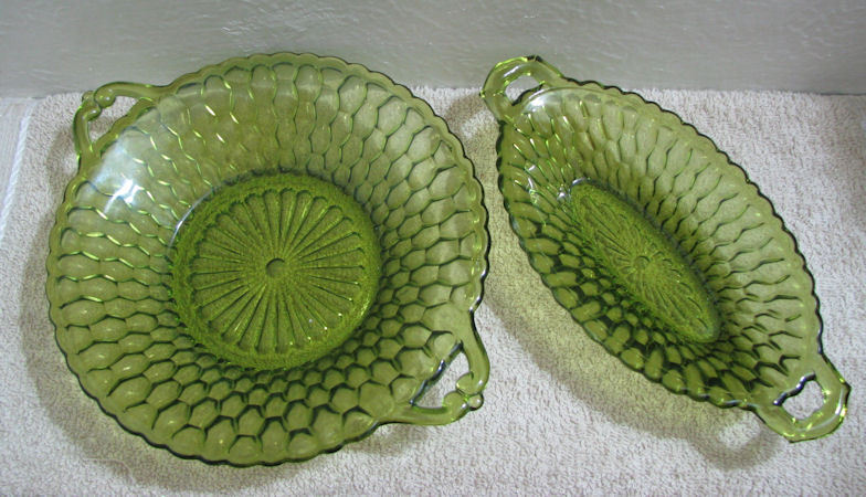 2 Indiana Glass Green Honeycomb Round and Oval Dishes