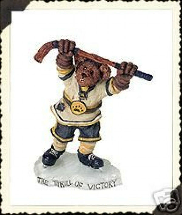 "Primary image for Boyds Bearstone ""Blade Hattrick...He Shoots, He Scores"" #228357-NIB -2001"