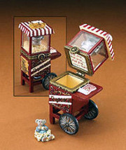 "Boyds Treasure Box""Kernel's Popcorn Cart w/Pop McNibble"" #392177- 1E -NIB- 2008 - $21.99"
