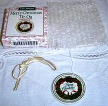 Longaberger Basket Tie On Merry Christmas Pottery New In Original Box Authentic image 2