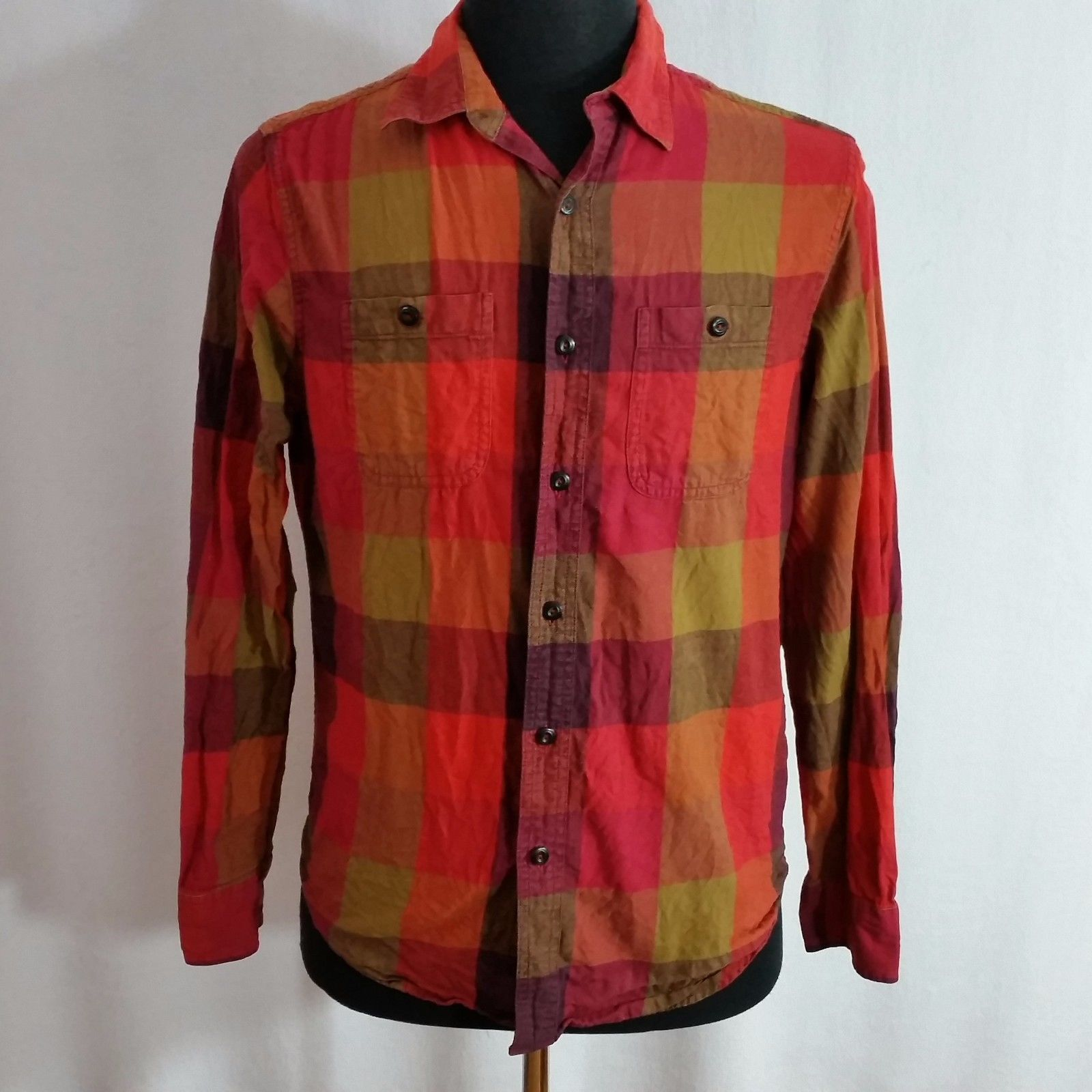 06ce546c98 American Eagle Mens Button Down Shirts – EDGE Engineering and ...