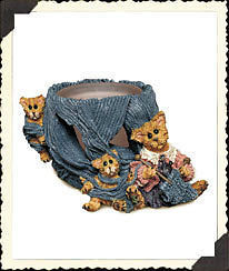 "Boyds Folkstone Votive""Darby & Jasper..Knittin' Kittens""#27802*NEW*1998*Retired"