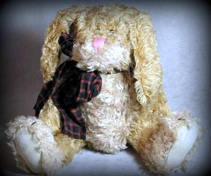 "Boyds Bears ""Martha T. Bunnycombe 15"" Mohair Rabbit #590140-03- NWT-1998-Retired"
