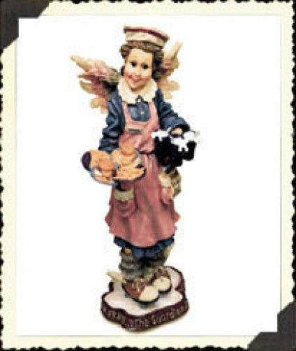 "Boyds Bears Folkstone""Ms. Fries..The Guardian Angel of Waitresses"" #28246*1E*NIB"