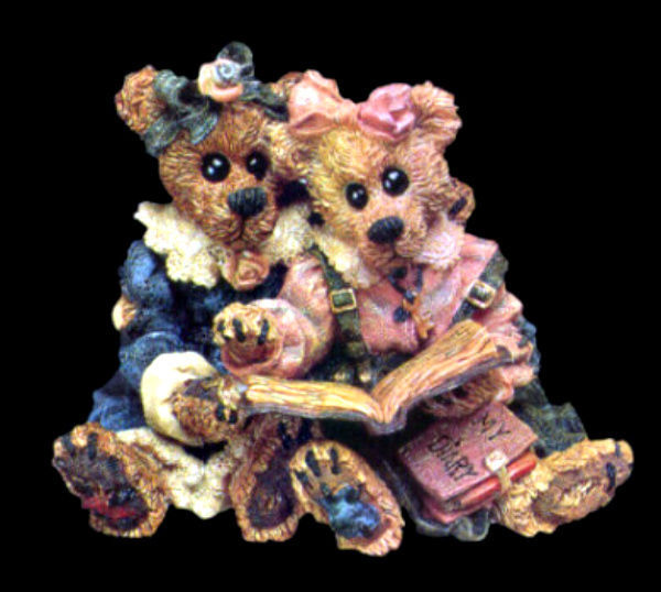 """Boyds Bearstone """"Bailey & Becky ..The Diary"""" * Style #228304* NEW* Retired"""