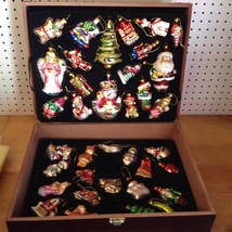 LOT OF 36 DECORATIVE GLASS CHRISTMAS ORNAMENTS WITH A WOODEN CASE       ... - $29.02
