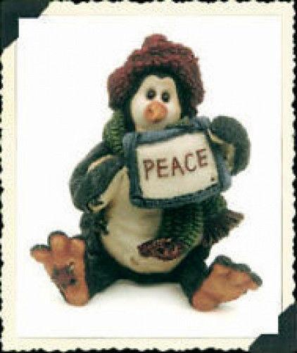 "Boyds Wee Folkstones Tuxedo Gang ""Widdle Coldfin..Peace"" Ornament-#25804-1E-NIB"