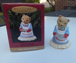 Vintage Hallmark 1993 The Bearingers Mama Bearinger Bear Christmas Ornament - $7.83