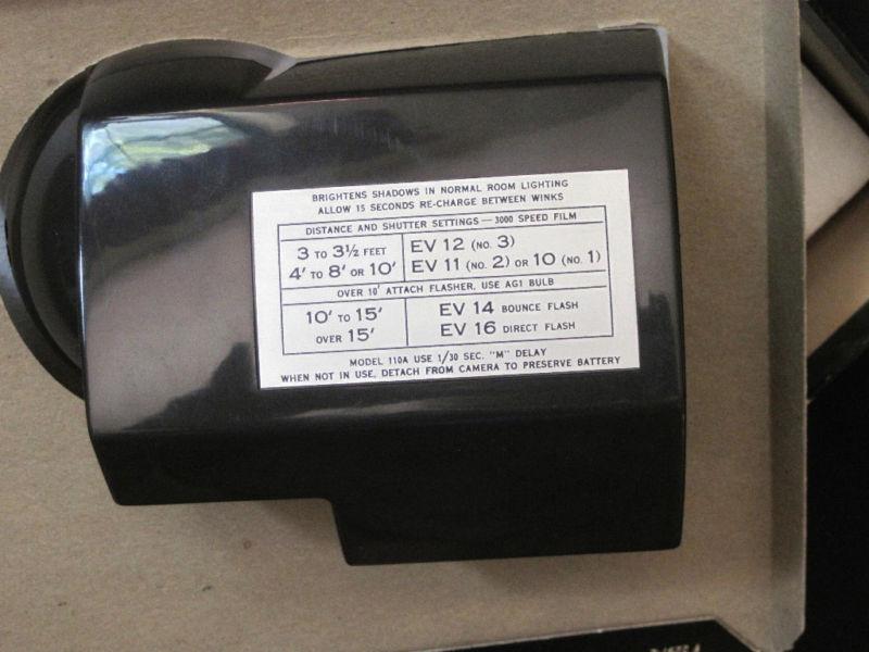 Vintage POLAROID Land Camera Wink Light Model 250 IB image 2