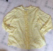 Old Navy Sz XXL Pale Yellow and White Plaid Button Down Ruffle Front Blouse - $16.69