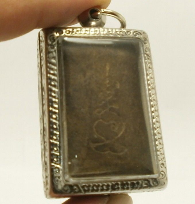 LP BOON BUDDHA IN SACRED TEMPLE PEACEFUL HAPPY LUCKY SUCCESS THAI AMULET PENDANT image 5