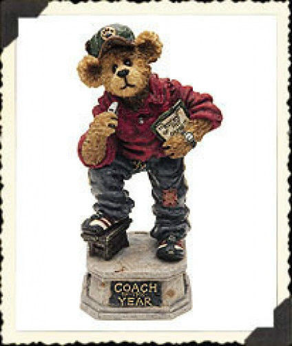 """Boyds Bearstone """"Coach Grizberg...Leading the Way"""" *Retired* #227757*1E*NEW*"""