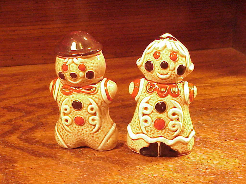 Primary image for Ceramic Gingerbread Man and Woman Salt and Pepper Shakers