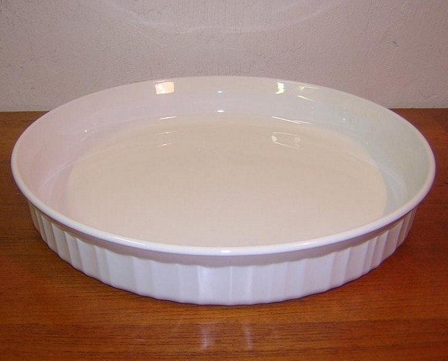 Primary image for Corning Ware French White 10.5 In Quiche Pan Pyroceram USA