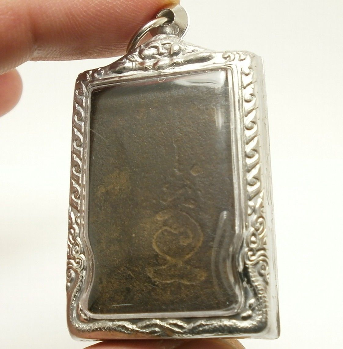 LP BOON BUDDHA IN SACRED TEMPLE THAI PEACEFUL HAPPY LUCKY SUCCESS AMULET PENDANT image 4
