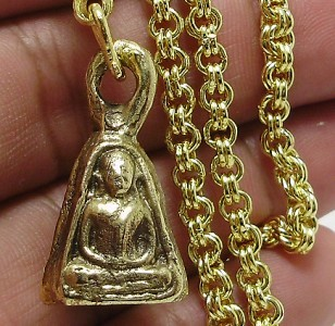 THAI BUDDHA AMULET 1983 LP NGERN WEALTH LUCKY RICH PENDANT GOLD PLATED NECKLACE