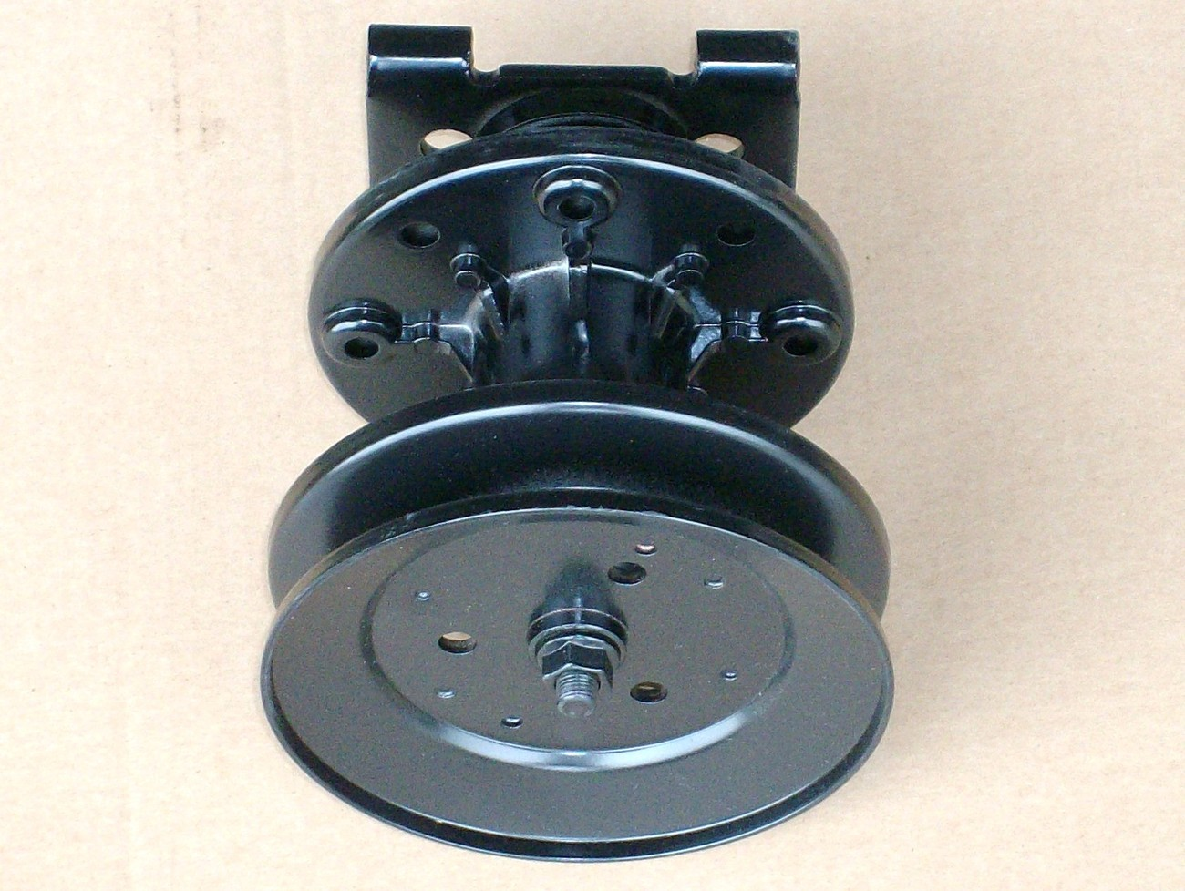"""Craftsman and Noma 36"""" 38"""" 43"""" deck spindle 307534 / 327519 / 39493 / 50632"""