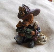 Boyd's Bears Elliot the Hero-Fireman Firefighter Bearstone #2280 - $38.12