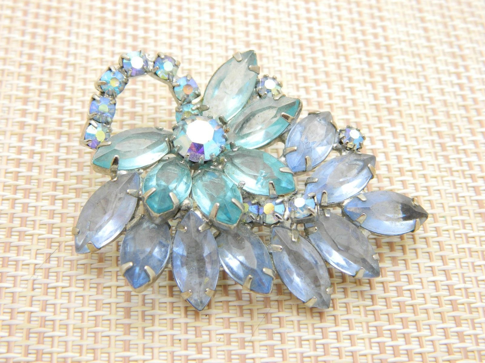 JULIANA D&E Silver Tone Blue Rhinestone Flower Leaf Pin Brooch