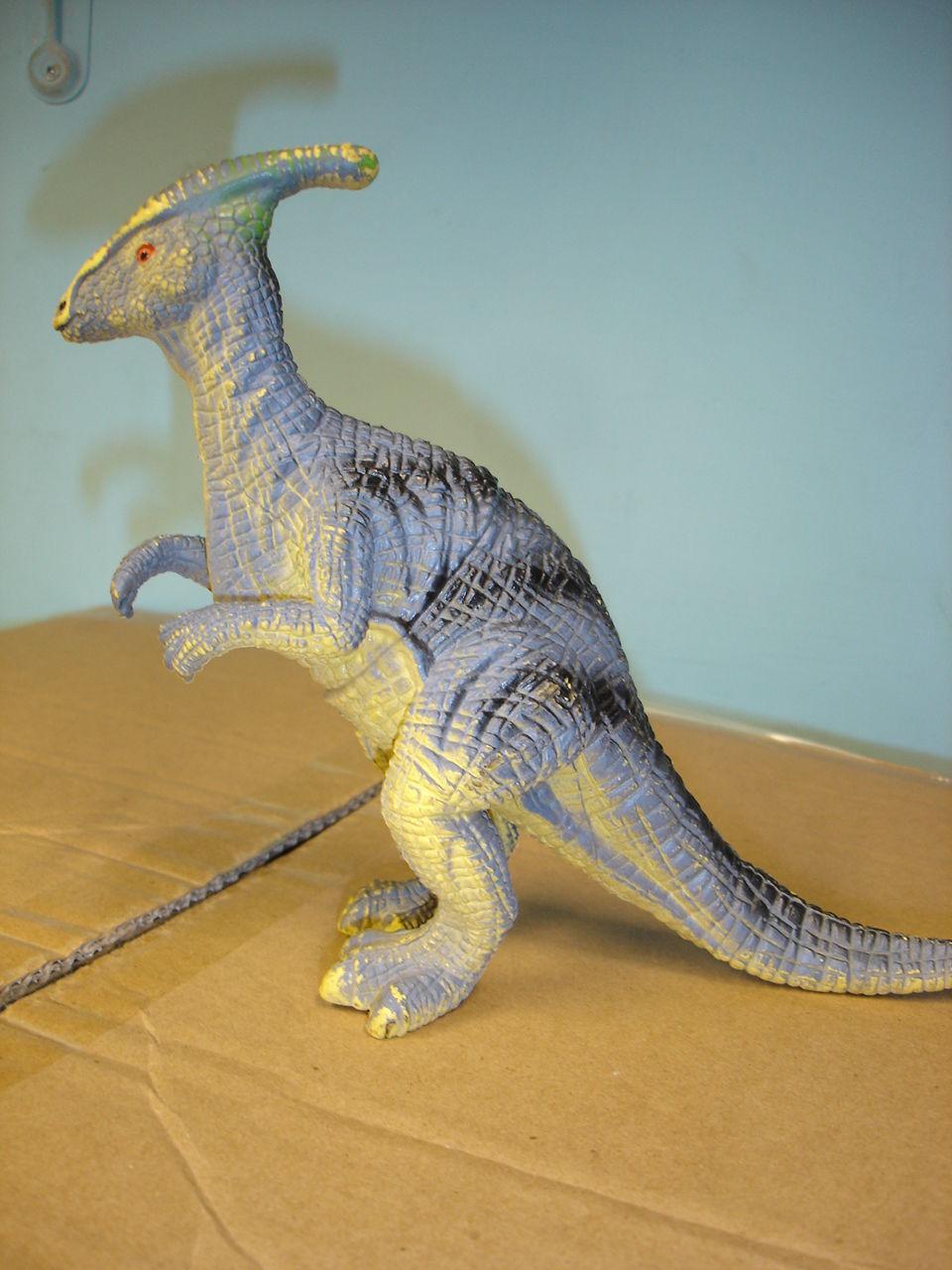 """Used 7"""" tall plastic dinosaur figurine figure image 3"""