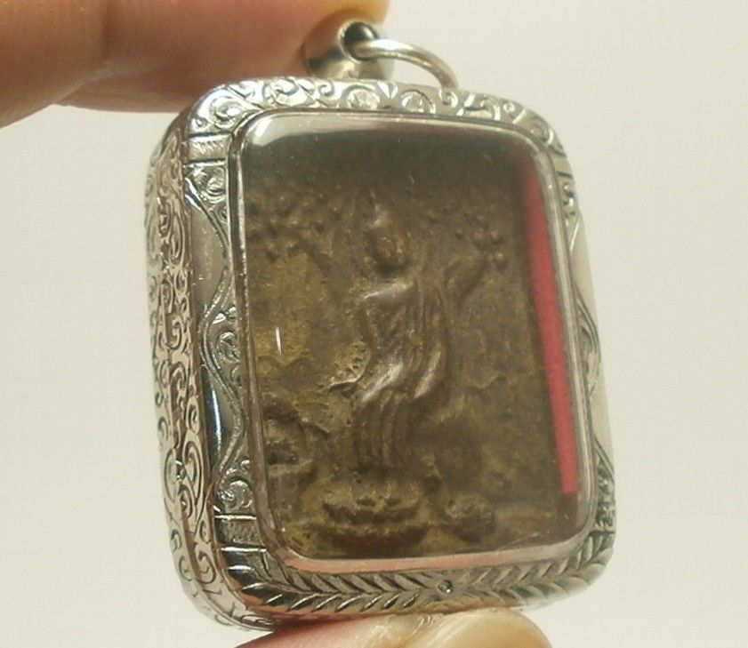 THAI MIRACLE AMULET REMOVE OBSTACLE PENDANT LP BOON LORD BUDDHA BLESS ALL LIVING
