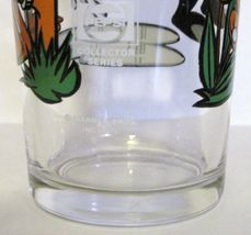 1976 PEPE LE PEW & DAFFY DUCK PEPSI COLLECTOR SERIES INTERACTION GLASS WARNER image 6