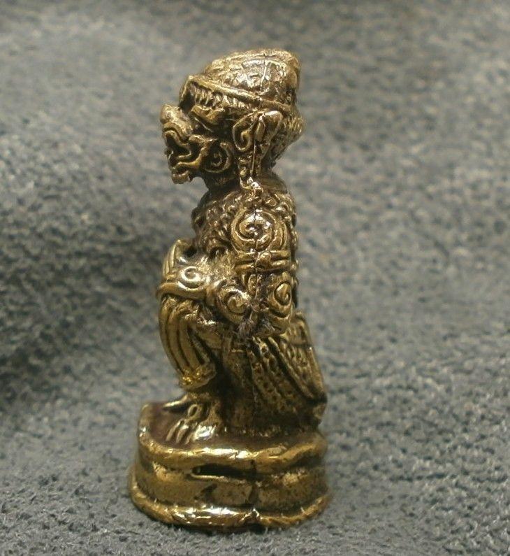 LORD HANUMAN RAMAYANA MONKEY KING MUAY THAI LIFE PROTECTION MINI AMULET TALISMAN image 2