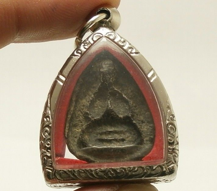 PIDTA CLOSE EYES BUDDHA LP BOON THAI AMULET SUPER STRONG LIFE PROTECTION PENDANT