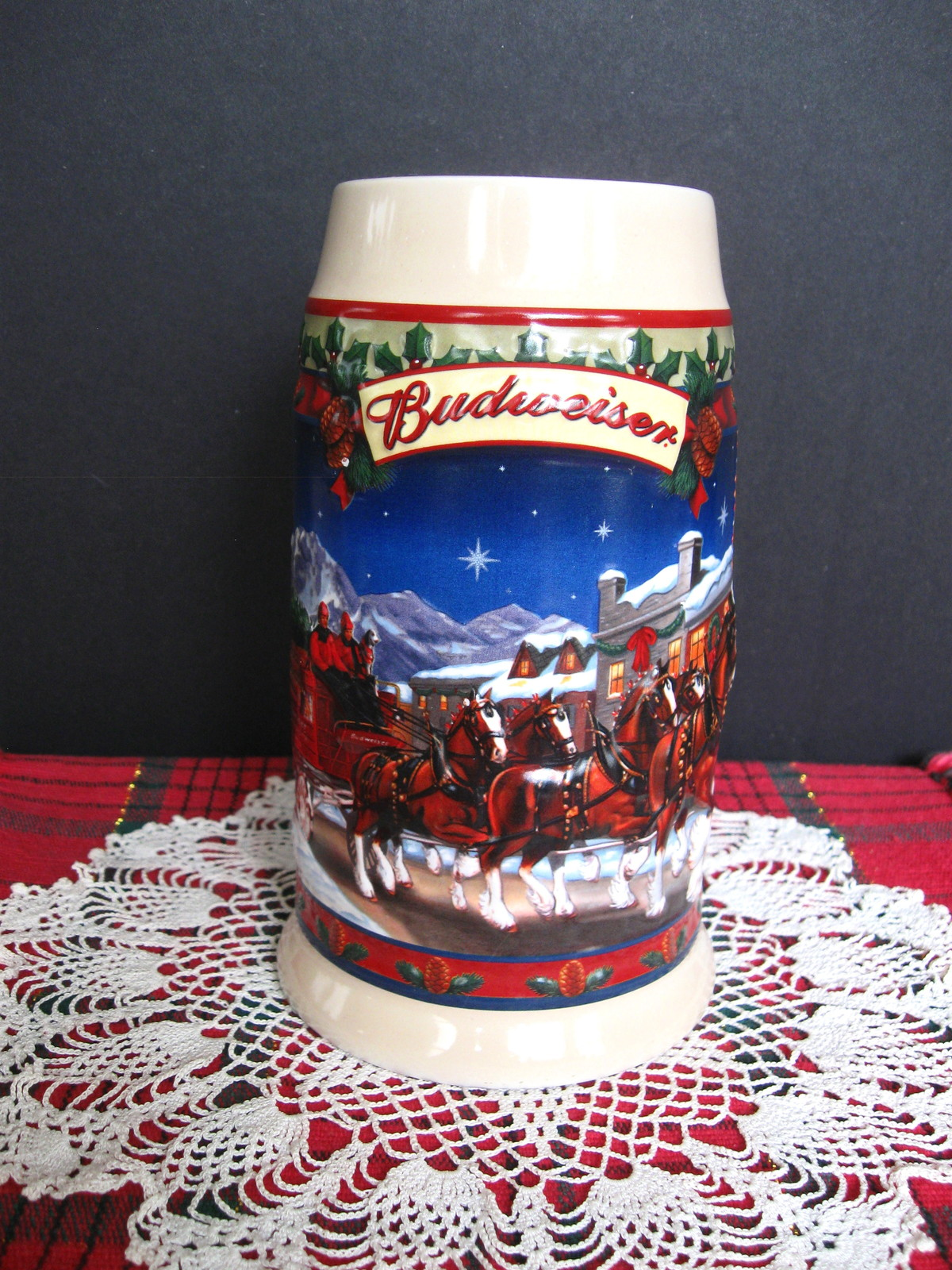 2003 Budweiser Holiday Stein - Old Towne Holiday - No. CS560 - No Box image 2