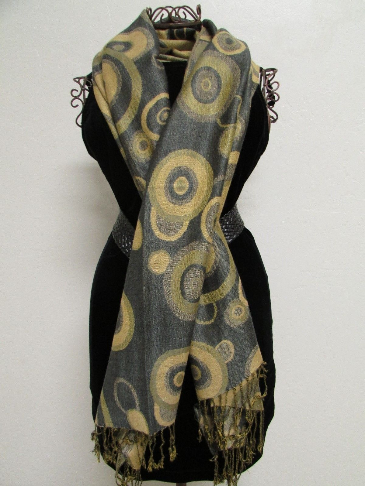 Beautiful Retro Design Pashmina And Silk Scarf, Shawl In Green Black & Tan image 3