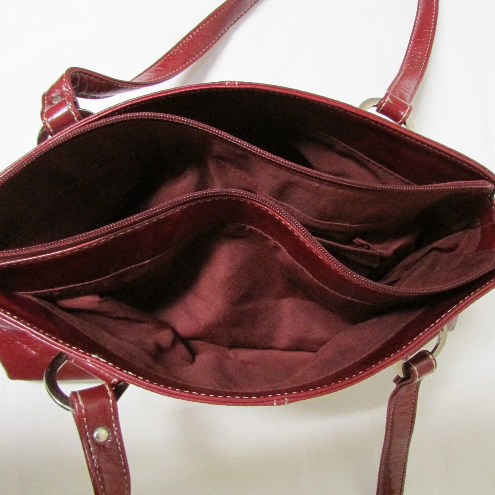Relic Brand Cranberry Red Faux Leather Shoulder Bag Size Small image 6