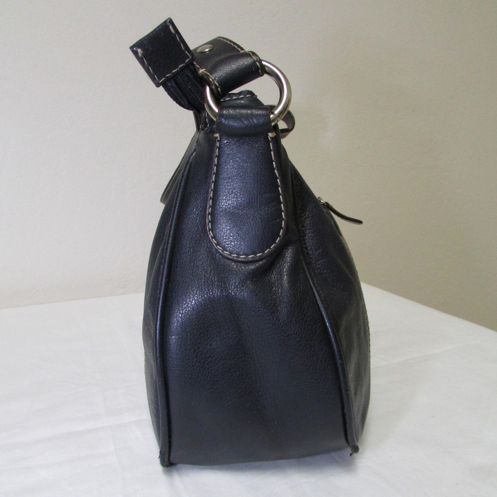 Wilsons Navy Blue Baguette With Silver Slide Lock
