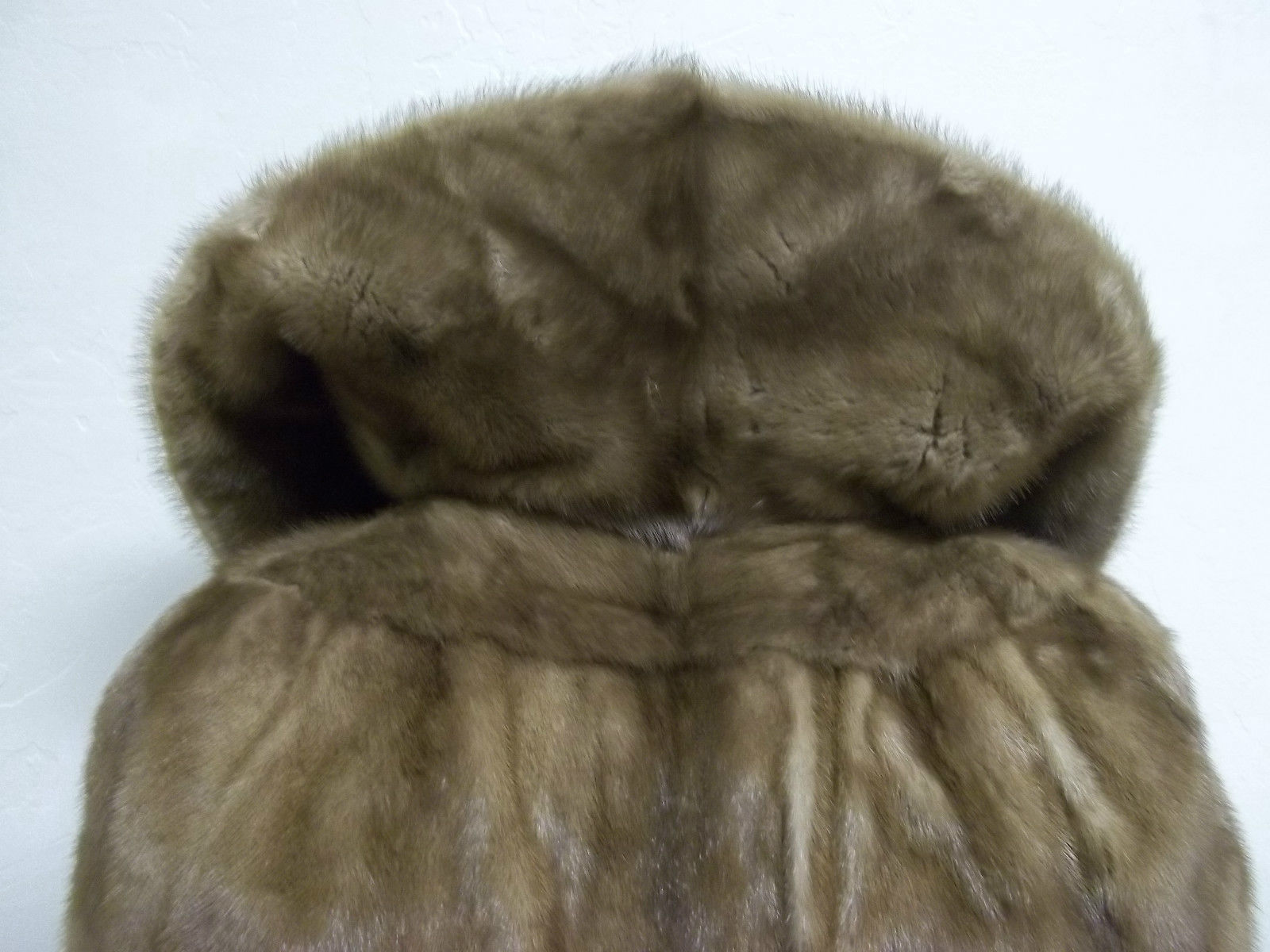 Soft Silky Tan Mink Cape by Stanley Furs Size Medium image 7