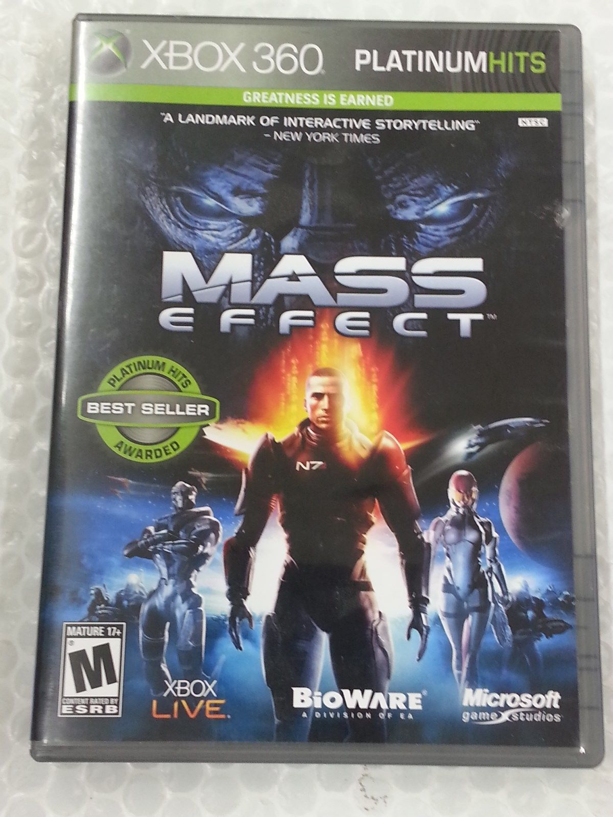 Primary image for Mass Effect -- Platinum Hits (Microsoft Xbox 360, 2009) FREE SHIPPING