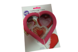 """Wilton Heart Shaped Cookie Cutter Comfort Grip Valentines Day 4""""L x 4.5""""... - $8.86"""