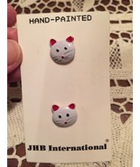 2 Vintage Buttons Kitty Cat Realistic JHB Intl Original card RARE Hand P... - $9.49