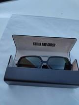 Cutler and Gross Gafas de Sol Polarizadas Verde Lentes M1176 60/17 - $199.33