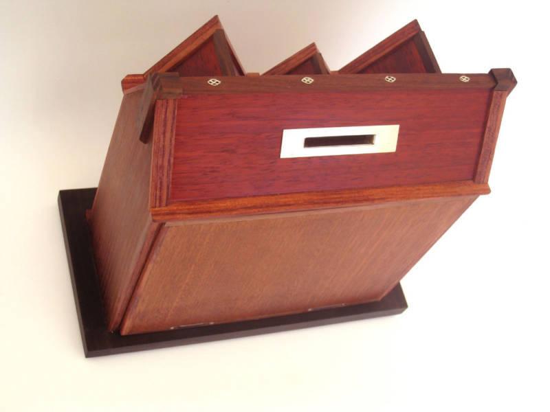 CHARITY BOX(TZEDAKAH) 770 HOUSE REBBI LUBAVITCH CHABAD