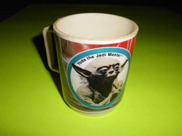 1980 Deka Plastics EMPIRE STRIKES BACK Yoda collectors cup mug