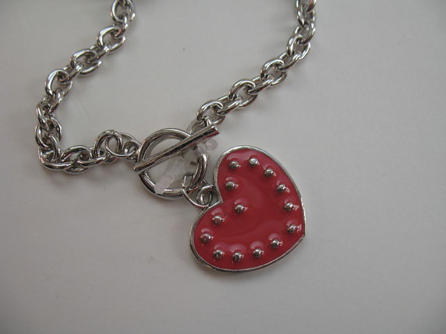 XOXO Silver Tone Studded Heart Toggle Bracelet Chain Link NWT Charm